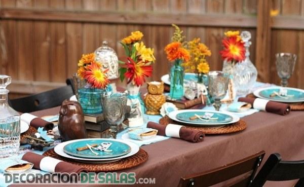 Mesas decoradas con estilo rústico y muy moderno