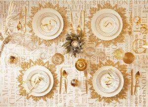 Cómo decorar la mesa en tonos dorados