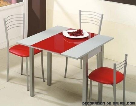 Mesas de cocina en color