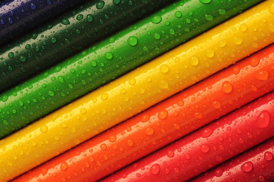 Cómo crear una paleta de colores armónica en la decoración de una sala