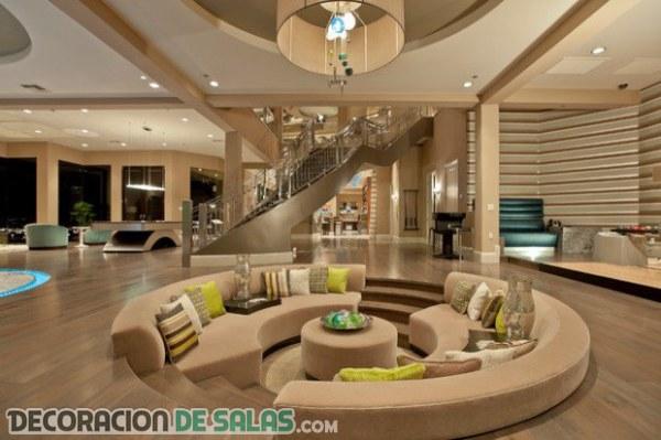 Elegantes y cómodos salones en beige