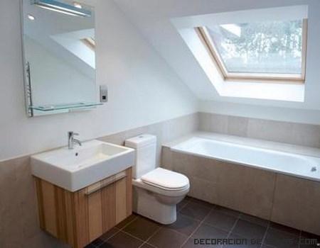 Moderniza tu antiguo baño